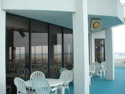 Bal Harbour Hotels - Wildwood Crest, NJ 08260