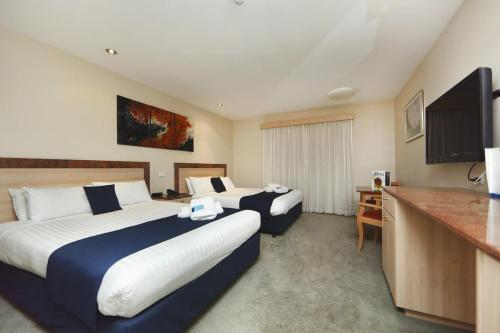 ibis Styles Canberra photo 9