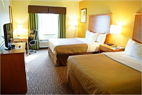 Quality Inn & Suites Shippen Place Hotel - Shippensburg, PA 17257