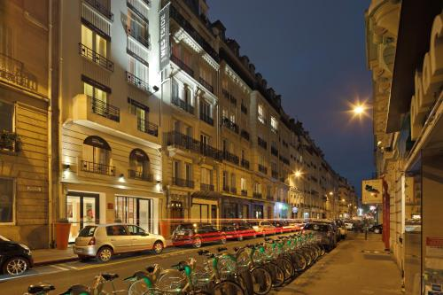 Westside Arc de Triomphe Hotel photo 35