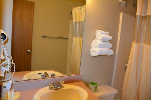 Magnuson Hotel And Suites Nisswa - Nisswa, MN 56468