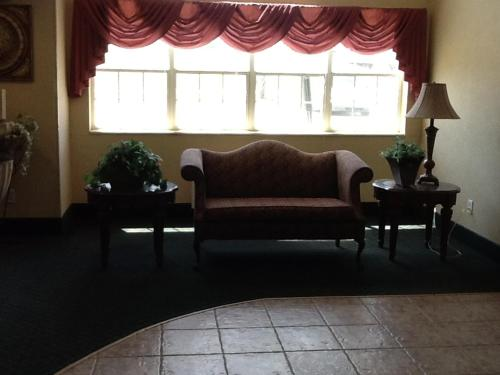 Microtel Inn & Suites By Wyndham Brandon - Brandon, MS 39042