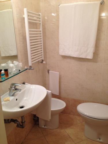 Hotel Adriatico photo 3