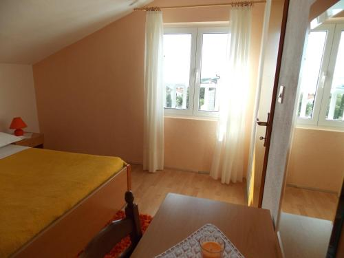 Apartments and Rooms Jasna