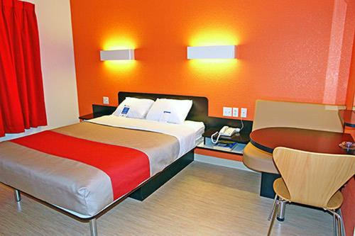 Motel 6 Dallas - Garland Photo