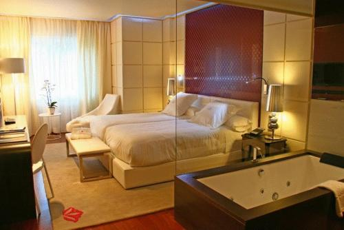 Double or Twin Room with Spa Access Gran Hotel Nagari Boutique & Spa 8