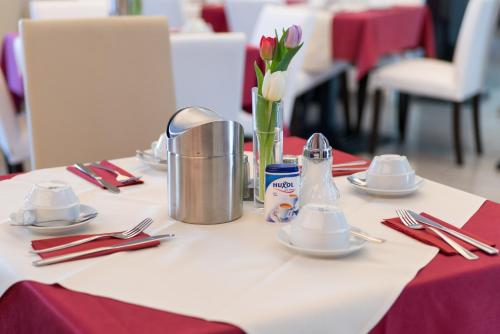 Goethe Hotel & Restaurant Messe photo 42