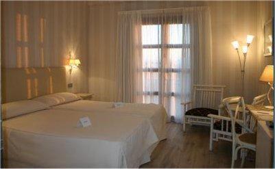 Double Room Villa Nazules Hípica Spa 3