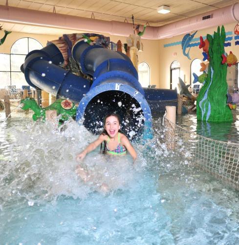 Atlantis Waterpark Hotel Wisconsin Dells
