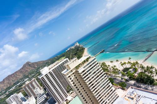 Aston Waikiki Beach Tower Photo