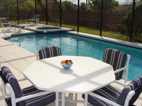 Hazel's Florida Villa - Kissimmee, FL 34758