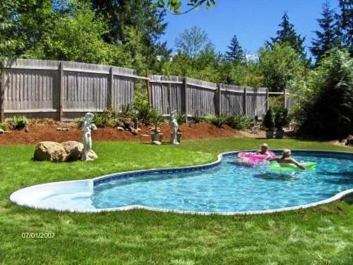 Arcadia Romantic Getaway And Clothing-optional Resort - Shelton, WA 98584