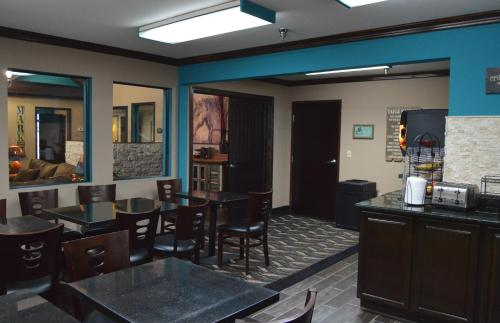 Lexington Inn Ardmore Photo