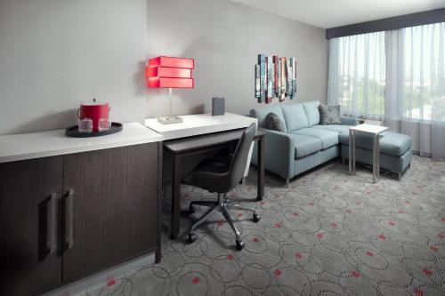 Cambria Hotels Washington, D.C. Convention Center Photo