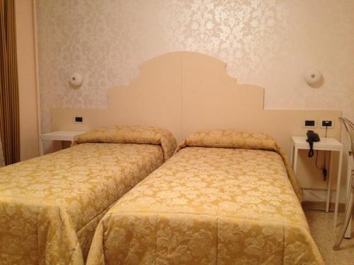 Hotel Adriatico photo 10