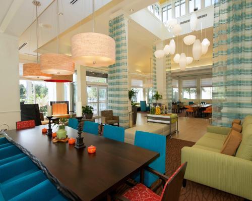 Hilton Garden Inn Jacksonville Jtb/deerwood Park - Jacksonville, FL 32246