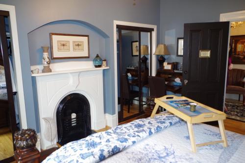Quartermain House Bed & Breakfast