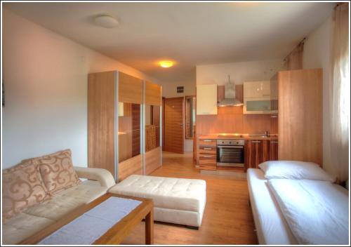 Bokun Apartments I