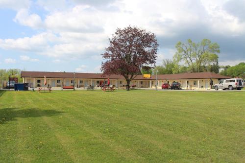 Budget Inn - Port Hope, ON L1A 3V5