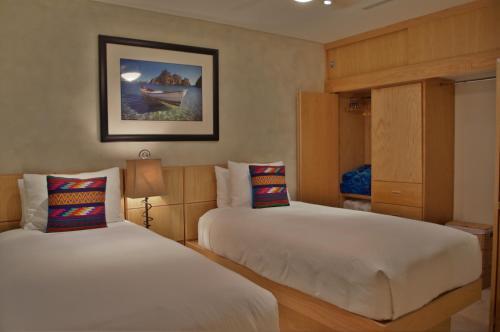 One Medano Beach 10c Hotel Cabo San Lucas