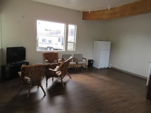 Rest Inn Rv Park - Terrace, BC V8G 1N8