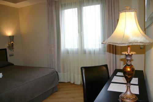Single Room Villa Nazules Hípica Spa 5