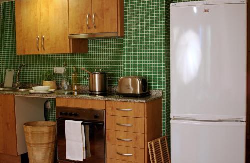 AinB Las Ramblas-Guardia Apartments photo 7