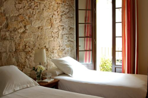 AinB Las Ramblas-Guardia Apartments photo 9