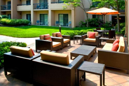Courtyard Lincroft Red Bank - Red Bank, NJ 07701