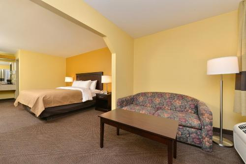 Comfort Inn Forsyth Photo