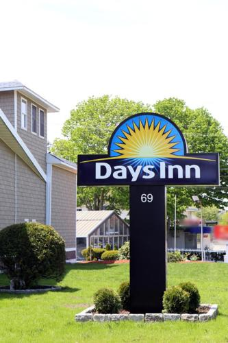 Days Inn West Yarmouth Photo