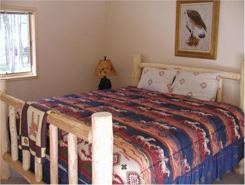 Comanche Lodge - Custer, SD 57730