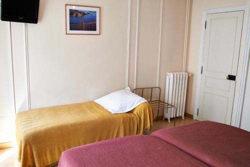 Hotel Maillot photo 15
