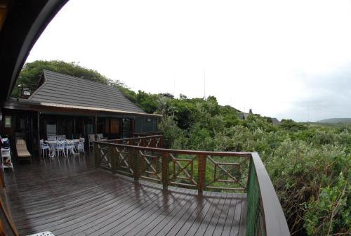 Dolphin Lodge