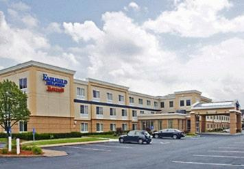 Fairfield Inn & Suites - Hartford Airport - Windsor Locks, CT 06096