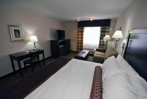Powell River Town Centre Hotel - Powell River, BC V8A 3B6