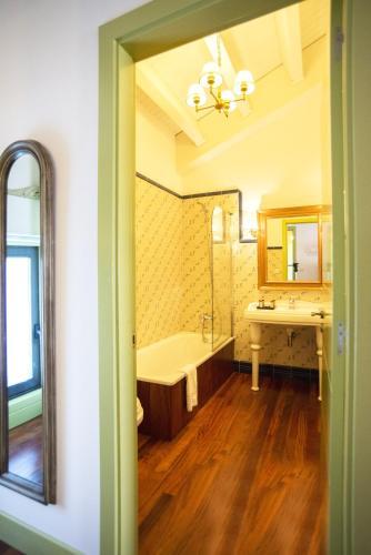 Habitación Doble Superior con terraza Hotel Quinta de San Amaro 17