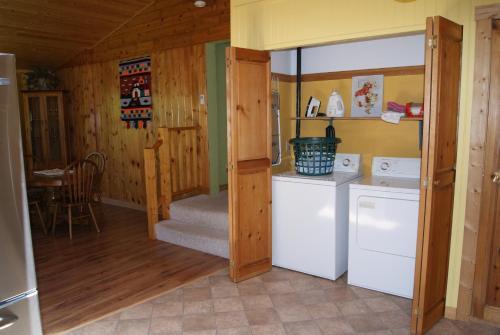 Island Getaway Vacation Rental - Courtenay, BC V0R 2V0