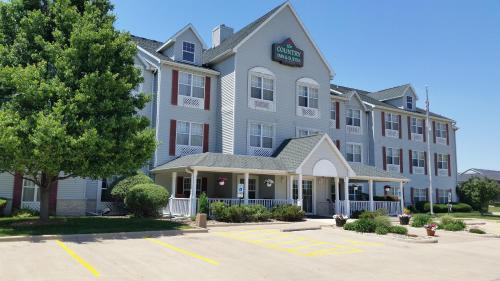 Country Inn & Suites by Radisson, Bloomington-Normal West, IL Photo