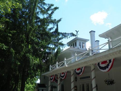 Homeport Historic Inn - Searsport, ME 04974