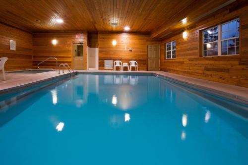 Country Inn & Suites By Radisson Dakota Dunes Sd - North Sioux City, SD 57049