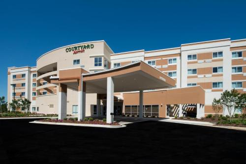 Courtyard By Marriott Columbus - Columbus, MS 39701