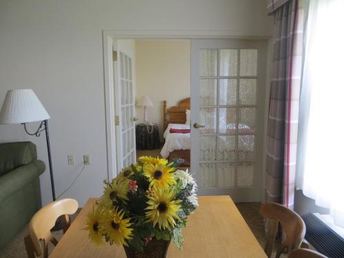 Baymont Inn & Suites Waunakee Photo