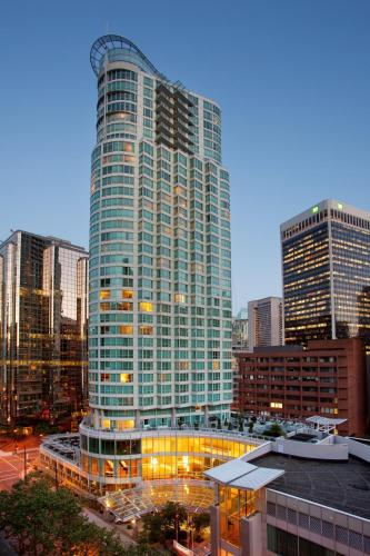 Vancouver Marriott Pinnacle Downtown Hotel - Vancouver, BC V6B 4R5