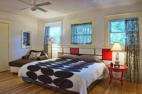 Anderson Bed & Breakfast - Manhattan, KS 66502
