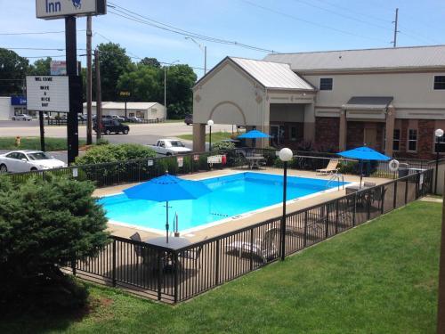 Bluegrass Inn Photo