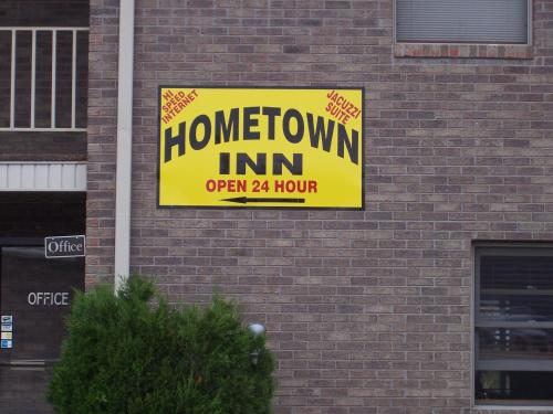 Hometown Inn Morganfield - Morganfield, KY 42437