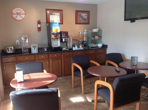 Canadas Best Value Inn And Suites Vernon - Vernon, BC V1T 5P1
