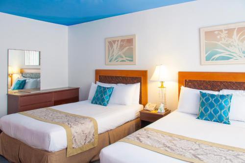 Holiday Surf Hotel - Honolulu, HI 96815