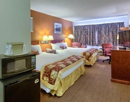 Rodeway Inn - Muskegon Photo